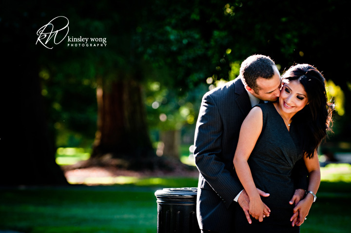 Engagement session at the capital of California